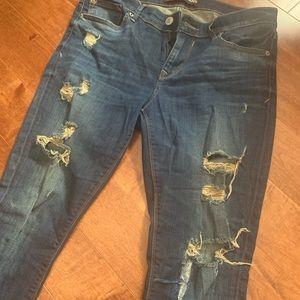 NWOT shredded jeans 8R